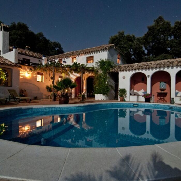 Boutique office space, Best San Diego interior designers, Best San Diego interior decorators, Top San Diego interior designers, Top San Diego interior decorators, Interior designers in san diego, Interior decorators in san diego, Home design in san diego, List of interior designers in San diego, renovations in san diego, Office designers in San Diego, Office decorators in San Diego, Hospitality designers in San Diego, Hospitality decorators in San Diego, bathrooms, office space, conference room, living room, bathroom remodel, transitional design, contemporary style that combines traditional and modern styles